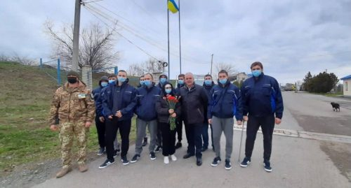 Врятовані українські моряки-члени екіпажу судна «Volgo Balt 179» повернулися на Батьківщину