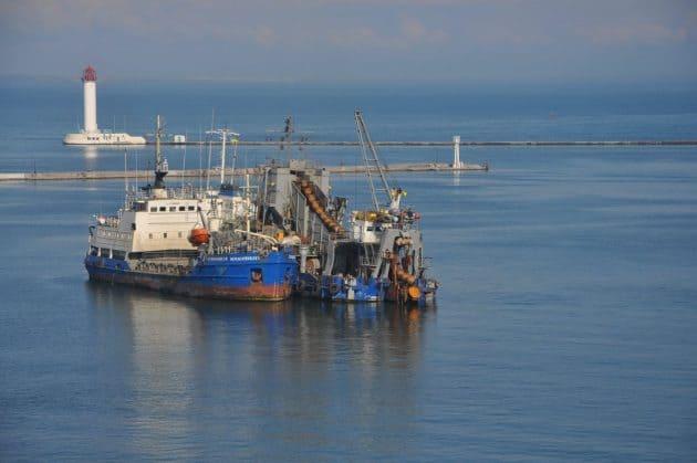 АМПУ завершила днопоглиблення акваторії аванпорту Одеського порту