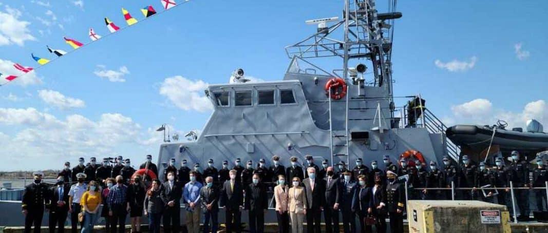 """У США завершився курс допідготовки українськіх екіпажів патрульних катерів типу """"Айленд"""""""