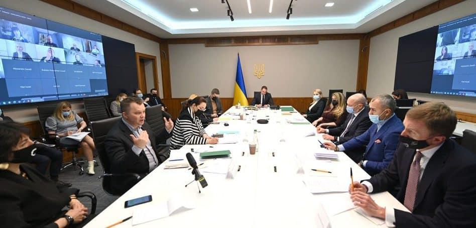 Представників бізнес-асоціацій запросили в Офіс Президента для участі у формуванні міжнародного та економічного порядку денного України