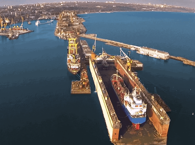"""ДП """"Азовський судноремонтний завод"""" повернув собі цілісний майновий комплекс від ТОВ """"СРЗ"""""""