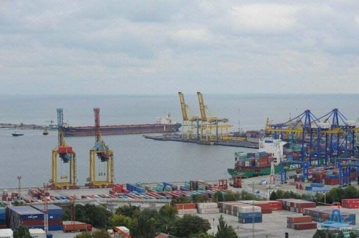 Вантажообіг в акваторії Морського порту Чорноморськ у березні склав 2,15 млн тонн