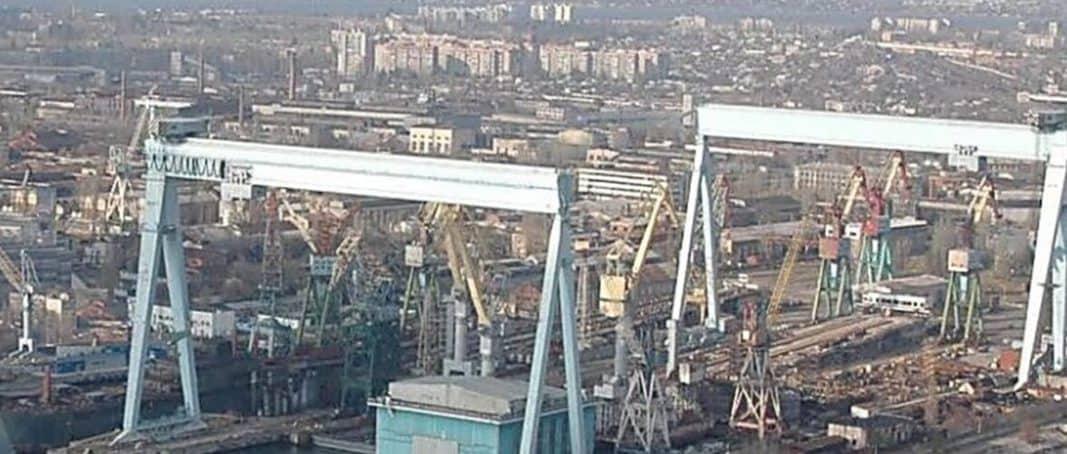 """Суд знову відклав розгляд справи щодо повернення ДАХК """"Чорноморський суднобудівний завод"""" у державну власність"""
