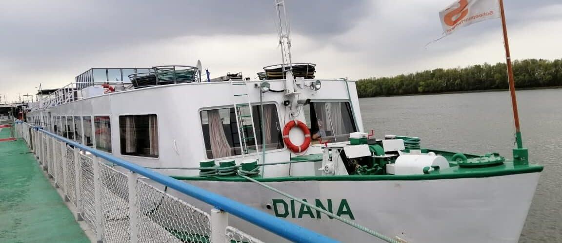 У порту «Ізмаїл» прикордонники оформили перше круїзне судно