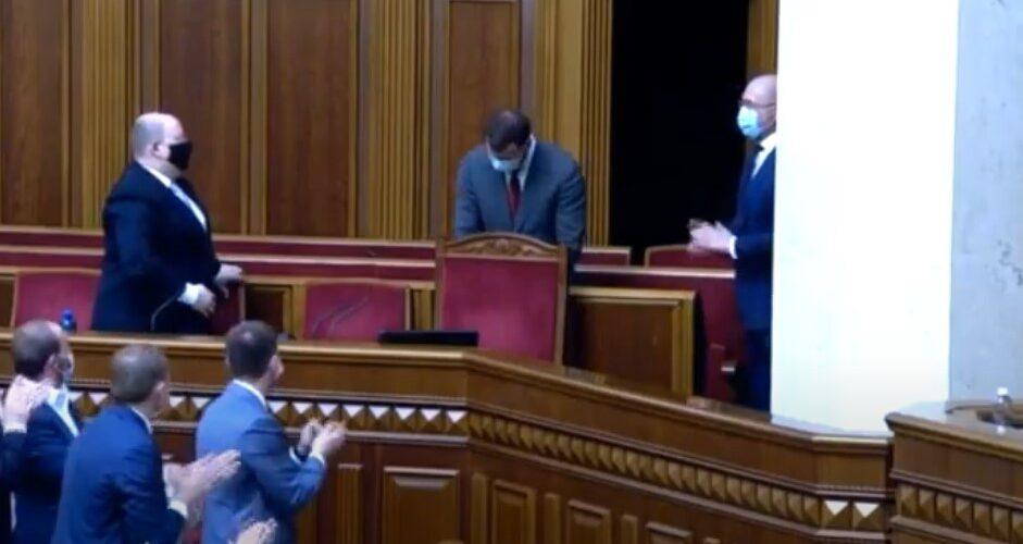 (ВІДЕО) Верховна Рада проголосувала за звільнення Владислава Криклія