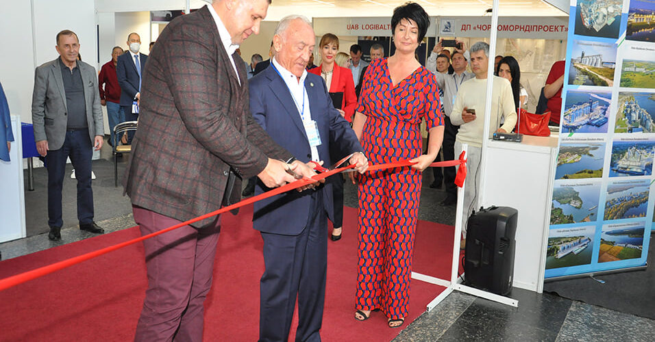 На пасажирському комплексі Одеського морського порту відкрилась виставка «Інтер-ТРАНСПОРТ»