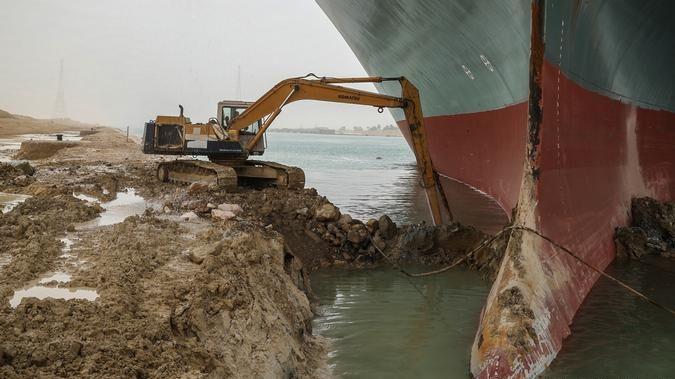 Управління Суецького каналу планує розширити його на 40 метрів на ділянці 30 кілометрів