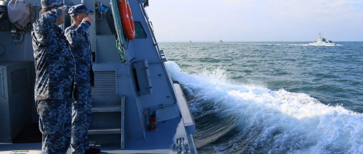Кораблі РФ влаштували чергову провокацію українським ВМС, які проводили навчання в Азовському морі