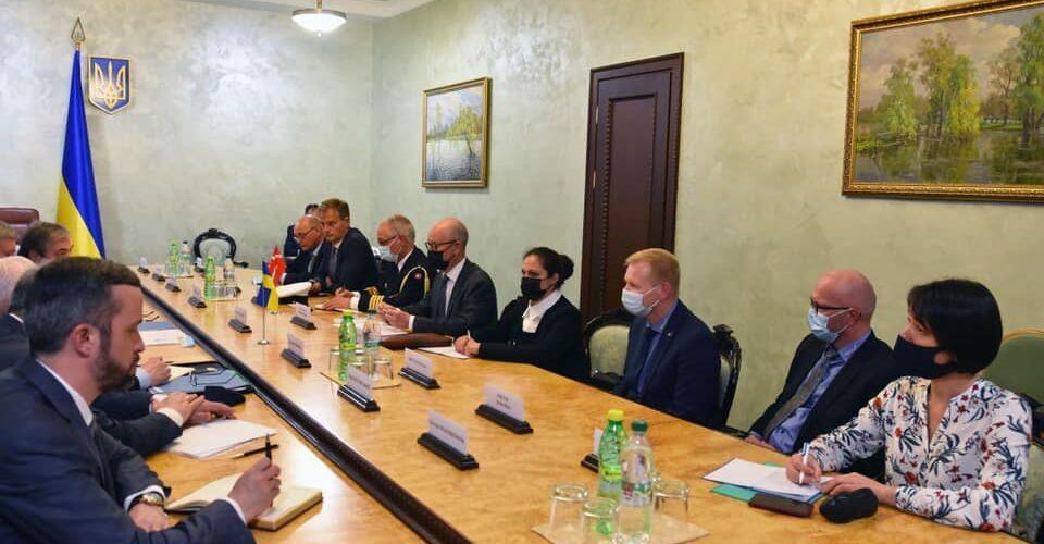 Україна обговорює з Данією будівництво кораблів для ВМС
