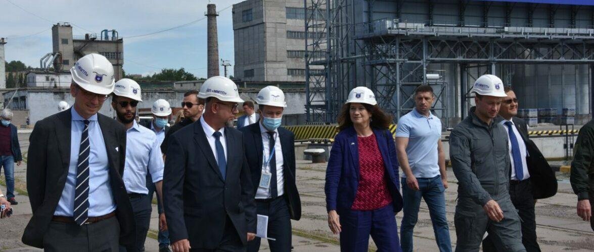 Маріупольський порт відвідала делегація ОБСЄ