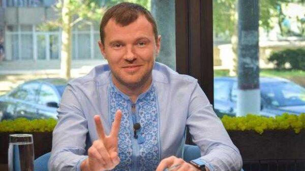Морську адміністрацію очолив Віталій Кандратів. Біографія.
