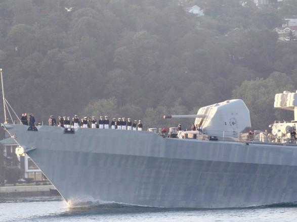 """""""Канікули"""" завершились, до Чорного моря увійшов ракетний есмінець країни НАТО"""