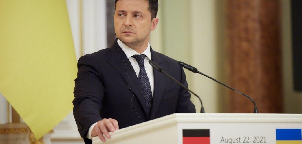 Україна розбудовуватиме військово-морський флот для розблокування Чорноморсько-Азовського регіону – Глава держави