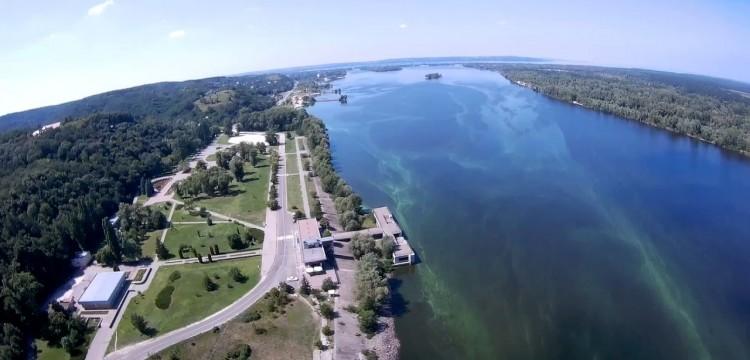Розпочато пілотний проєкт з відновлення руху річкового пасажирського транспорту на Дніпрі за маршрутом Київ-Канів