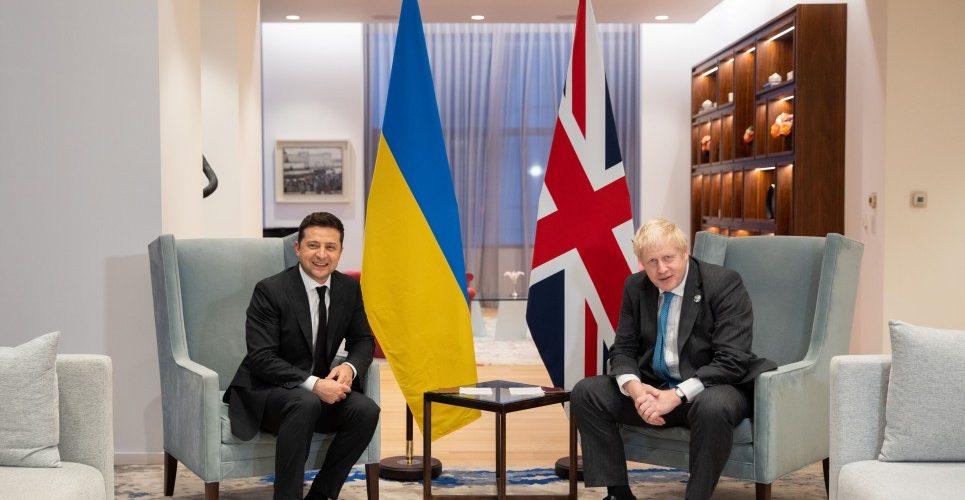 Володимир Зеленський і Борис Джонсон обговорили подальші кроки зі зміцнення стратегічного партнерства між Україною та Великою Британією