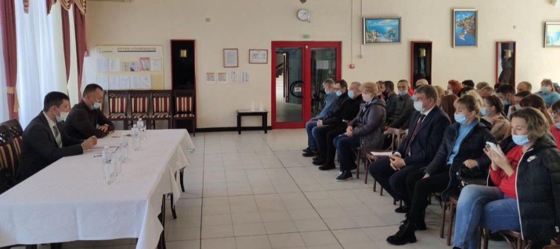 Позачергова виборна конференція трудового колективу морського порту Південний не змогла обрати голову профкому