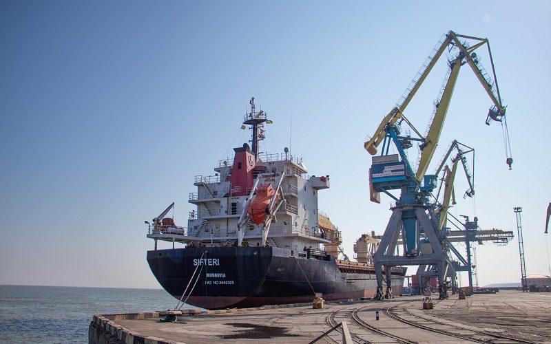 Морські порти України обробили 106 мільйоні тон вантажів за 9 місяців